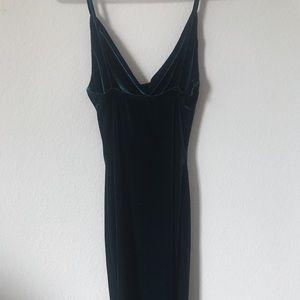 Lulu's Dresses - Lulu's Velvet Bodycon Dress